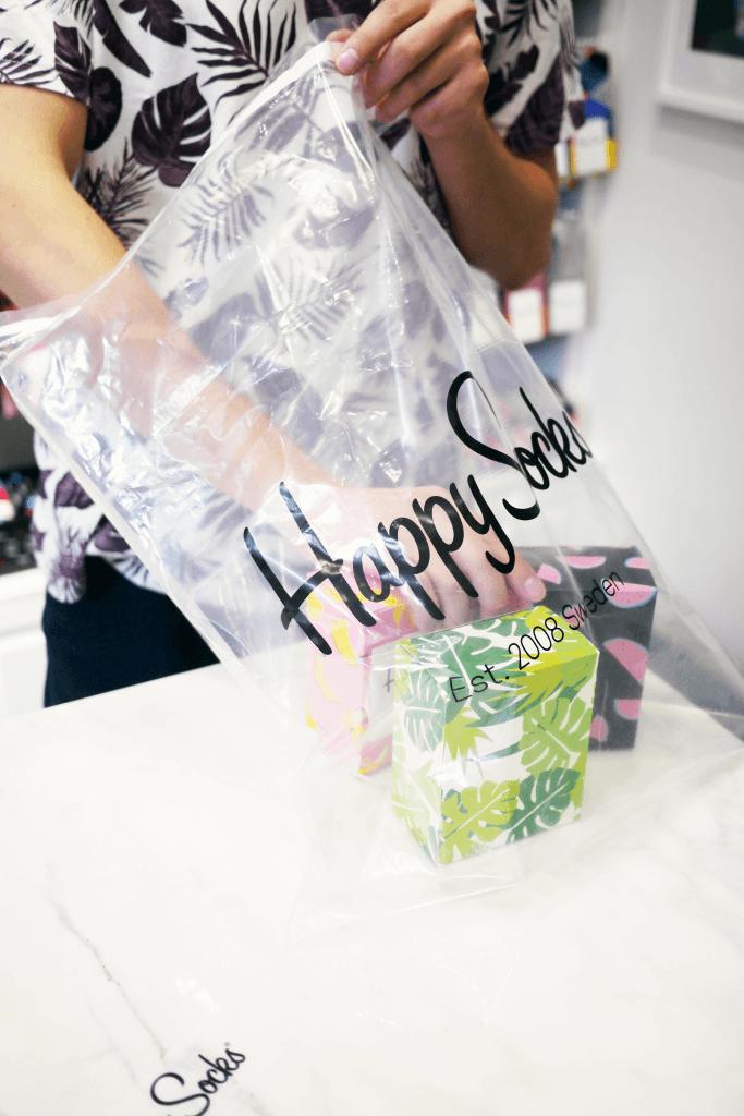 happy socks packaging