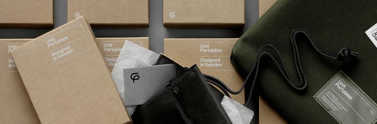 Wie kann man schöne weiße Designs auf einer natürlichen Kartonverpackung erstellen?